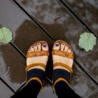 雨の日の低気圧頭痛に効くツボ